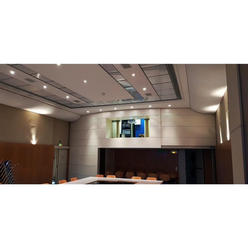 Installation de videoprojecteur  à Paris,installer un videoprojecteur salle de classe, reunion,  audiovisuel,